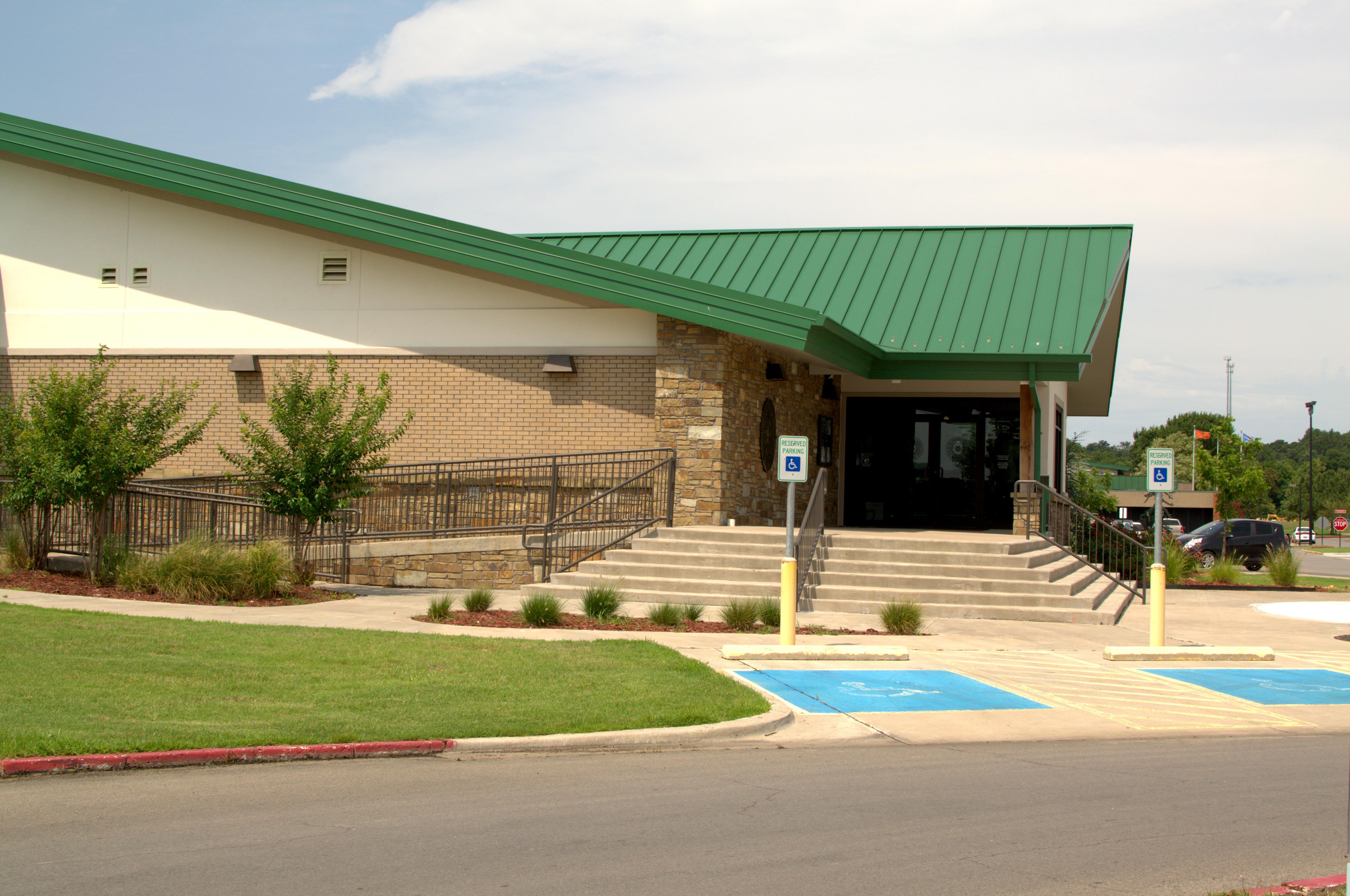 Cherokee-Nation-Veterans-Center1